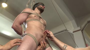 Abel Archer - Hot bi hunk's first time being bound and edged