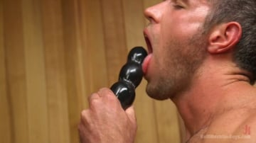 Alex Mecum - Muscled hunk machine fucks his ass and shoots all over the sauna floor