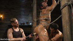 Draven Navarro - Muscle Stud Draven Navarro Gets His Big Cock Sucked and Edged (Thumb 17)