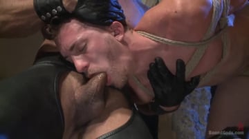 Jessie Colter - BDSM Virgin tormented with electricity and fucked in suspension