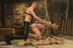 Sebastian Keys - Dockworker gets taken down and fucked by a leather dom (Thumb 03)