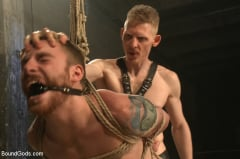 Sebastian Keys - Dockworker gets taken down and fucked by a leather dom (Thumb 07)