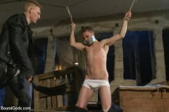 Sebastian Keys - Dockworker gets taken down and fucked by a leather dom (Thumb 14)
