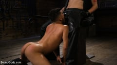 Sebastian Keys - New Slave Cesar Xes petitions the House (Thumb 16)