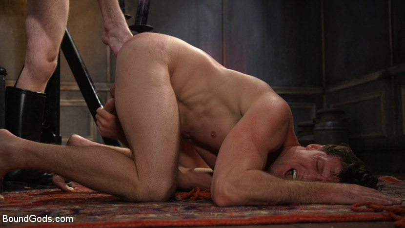 Kink Men 'Sore Loser: Muscle stud Pierce Paris Gets Beat and Foot-Fucked' starring Pierce Paris (photo 6)