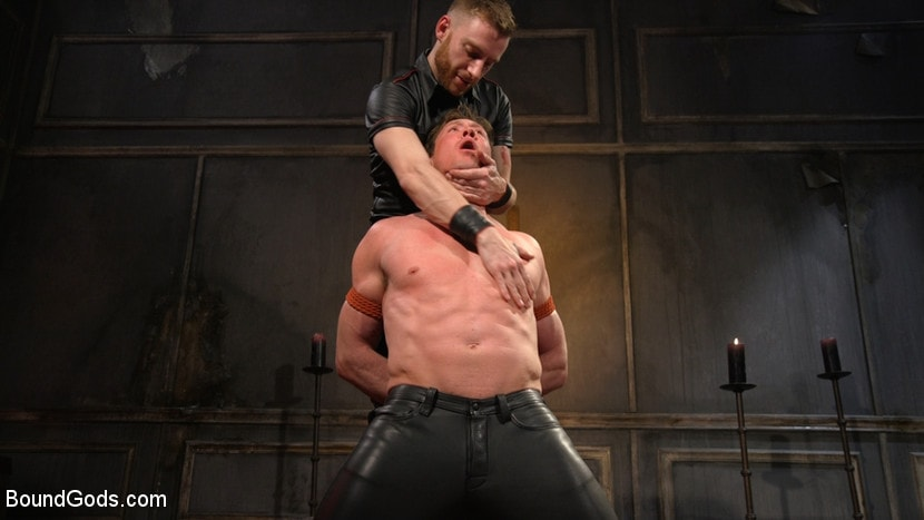 Kink Men 'Sore Loser: Muscle stud Pierce Paris Gets Beat and Foot-Fucked' starring Pierce Paris (photo 14)