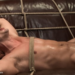 Adam Knox in 'Kink Men' Hot physique model is curious about edging and bondage (Thumbnail 5)