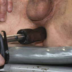 Aleks Buldocek in 'Kink Men' Giant cock whored out to the horny public (Thumbnail 13)