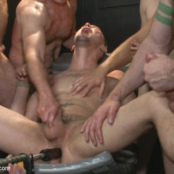 Aleks Buldocek in 'Kink Men' Giant cock whored out to the horny public (Thumbnail 15)