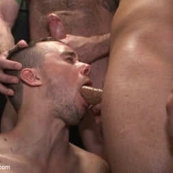 Aleks Buldocek in 'Kink Men' Giant cock whored out to the horny public (Thumbnail 18)