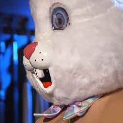 Ari Koyote in 'Kink Men' Bad Bunny: Ari Coyote Is Too Horny For Easter (Thumbnail 4)