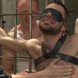 Brandon Atkins in 'Kink Men' gets a prison gang fuck (Thumbnail 2)