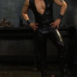 Brenn Wyson in 'Kink Men' Deap Submission - Live Shoot (Thumbnail 8)
