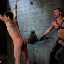 Brenn Wyson in 'Kink Men' Deap Submission - Live Shoot (Thumbnail 10)