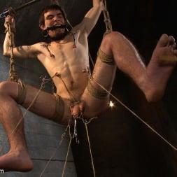Brenn Wyson in 'Kink Men' Deap Submission - Live Shoot (Thumbnail 15)