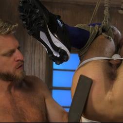 Casey Everett in 'Kink Men' Extra Innings: Casey Everett Abducted and Fucked by Logan Stevens (Thumbnail 19)