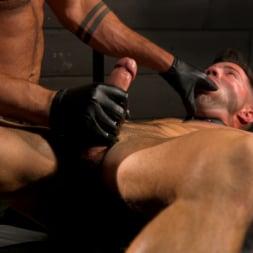 Casey Everett in 'Kink Men' My God Sharok: Casey Everett Worships New Leather-Clad Master (Thumbnail 1)