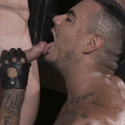 Cazden Hunter in 'Kink Men' Wants Cock In His Hungry Pig Hole RAW (Thumbnail 21)