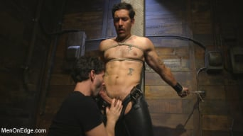 Dale Cooper in 'Hot leather stud with a fat cock gets edged'