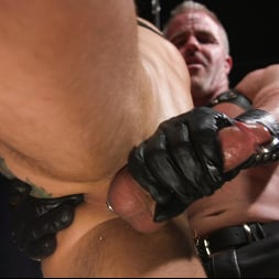 Dale Savage in 'Kink Men' As You Wish: Archer Croft Pushed Hard by Daddy Dale Savage (Thumbnail 2)