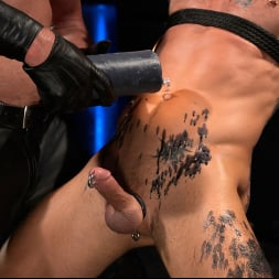Dale Savage in 'Kink Men' As You Wish: Archer Croft Pushed Hard by Daddy Dale Savage (Thumbnail 6)