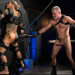 Dale Savage in 'Kink Men' As You Wish: Archer Croft Pushed Hard by Daddy Dale Savage (Thumbnail 9)