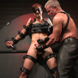 Dale Savage in 'Kink Men' Muscle Daddy Dale Savage Punishes Big-Dicked Mason Lear (Thumbnail 15)