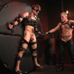 Dale Savage in 'Kink Men' Muscle Daddy Dale Savage Punishes Big-Dicked Mason Lear (Thumbnail 22)