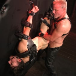 Dale Savage in 'Kink Men' Muscle Daddy Dale Savage Punishes Big-Dicked Mason Lear (Thumbnail 25)