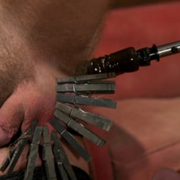 Dane Stewart in 'Kink Men' Captive slave Alex Hawk submits to Daddy Dane Stewart (Thumbnail 3)