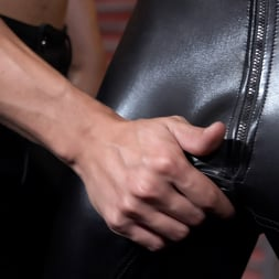 Des Ires in 'Kink Men' Thank You Master: Des Ires and Vincent O'Reilly RAW (Thumbnail 2)