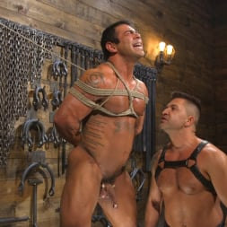 Dominic Pacifico in 'Kink Men' Bodybuilder Draven Navarro Takes Pain, Extreme CBT, and Gets Fucked (Thumbnail 2)