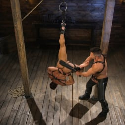 Dominic Pacifico in 'Kink Men' Bodybuilder Draven Navarro Takes Pain, Extreme CBT, and Gets Fucked (Thumbnail 4)