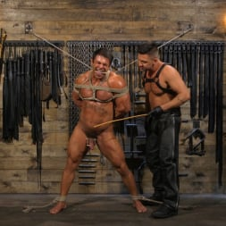Dominic Pacifico in 'Kink Men' Bodybuilder Draven Navarro Takes Pain, Extreme CBT, and Gets Fucked (Thumbnail 9)