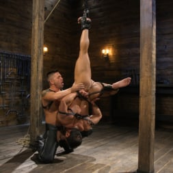 Dominic Pacifico in 'Kink Men' Bodybuilder Draven Navarro Takes Pain, Extreme CBT, and Gets Fucked (Thumbnail 14)