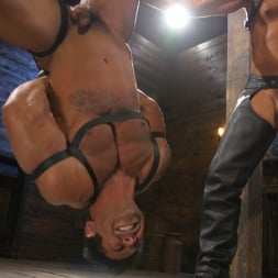 Dominic Pacifico in 'Kink Men' Bodybuilder Draven Navarro Takes Pain, Extreme CBT, and Gets Fucked (Thumbnail 17)