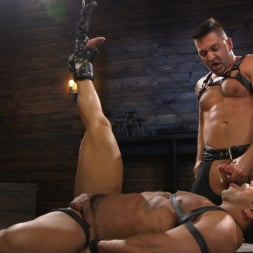 Dominic Pacifico in 'Kink Men' Bodybuilder Draven Navarro Takes Pain, Extreme CBT, and Gets Fucked (Thumbnail 18)