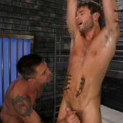 Dominic Pacifico in 'Kink Men' Hard Up Hole: Max Adonis gives up holes for protection (Thumbnail 15)