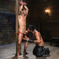 Dominic Pacifico in 'Kink Men' Submissive Stud Casey Everett gets Tied Up and Machine Fucked by a God (Thumbnail 4)