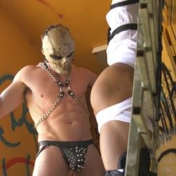 Draven Navarro in 'Kink Men' Bound For Sodom: Chapter 2 (Thumbnail 4)