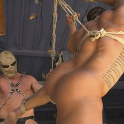Draven Navarro in 'Kink Men' Bound For Sodom: Chapter 2 (Thumbnail 19)