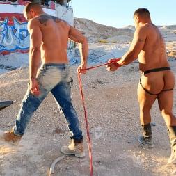 Draven Navarro in 'Kink Men' Desert Captive: Ricky Larkin Fucks Draven Navarro Raw (Thumbnail 3)
