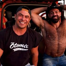 Draven Navarro in 'Kink Men' Desert Captive: Ricky Larkin Fucks Draven Navarro Raw (Thumbnail 19)