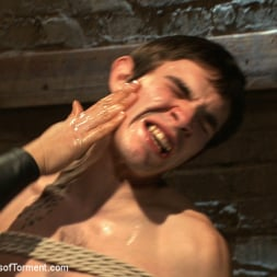 Dylan Deap in 'Kink Men' Pain slut Dylan Deap takes the cattle prod (Thumbnail 6)