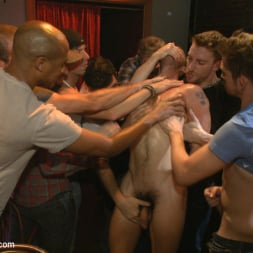 Isaac Hardy in 'Kink Men' Gangbang and cum for a stuck up go-go boy (Thumbnail 4)