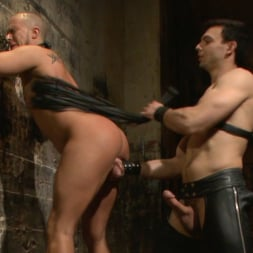 Jason Maddox in 'Kink Men' New Dom - Strong, Silent with a Wicked Smile (Thumbnail 6)