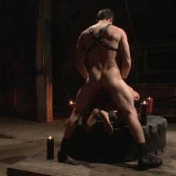 Jason Maddox in 'Kink Men' New Dom - Strong, Silent with a Wicked Smile (Thumbnail 18)
