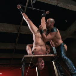 Jessie Colter in 'Kink Men' Leo Forte takes Jessie Colter to the limit (Thumbnail 3)