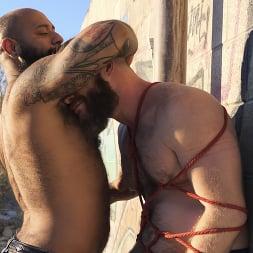 Leo Forte in 'Kink Men' Desert Edge: Leo Forte and Brian Bonds (Thumbnail 9)