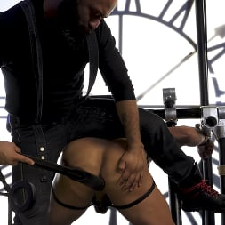 Leo Forte in 'Kink Men' and Draven Navarro: Pretty Please Fuck My Butt and Make Me Cum (Thumbnail 26)